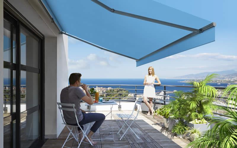store-banne-blau-balcon-800x500