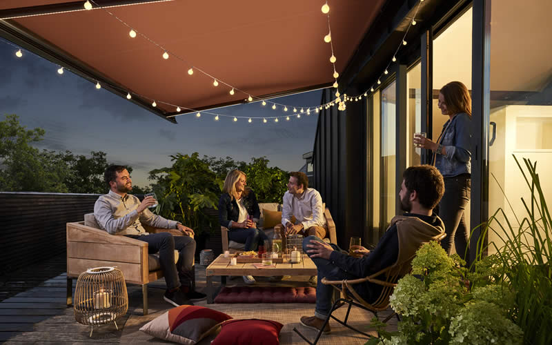 store-banne-terrasse-entre-amis-800x500-2